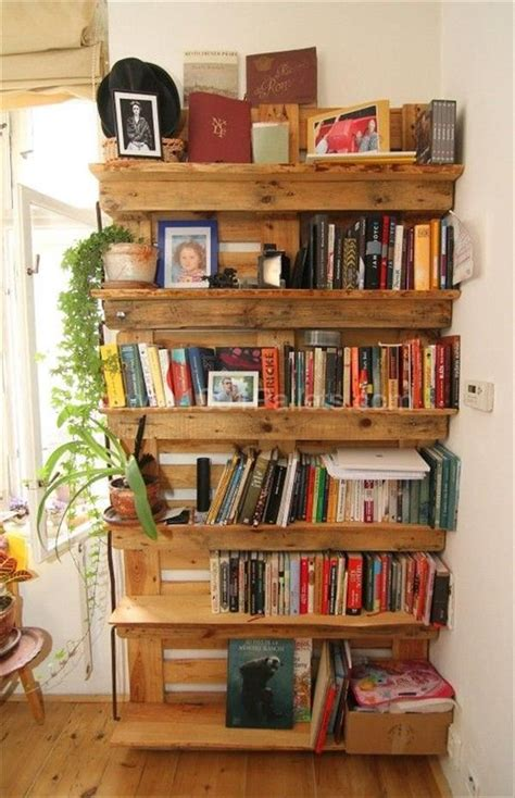 home decor made from pallets unique diy recycled pallet home decor projects pallets