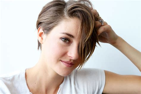 is la hair returning in 2016 shailene woodley beauty hair into the gloss into