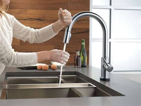 5 Best Touchless Kitchen Faucets Reviews 2018   Top Rated