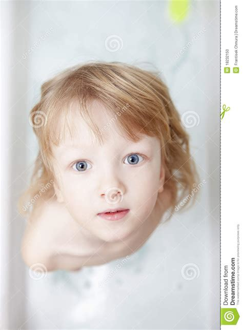 boy in bathtub boy in bathtub stock photo image 18232150