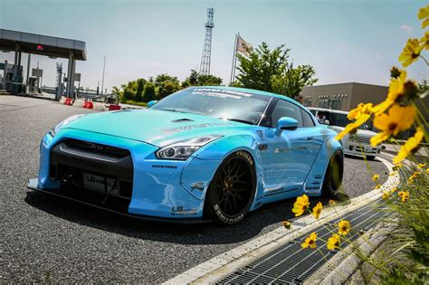 Baju 07 35 Ss Sky Blue liberty walk sky blue godzilla gt r r35 with armytrix
