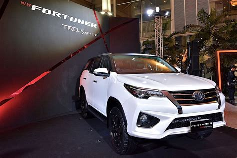 Tanduk Depan Bumper All New Fortuner 2016 new toyota fortuner trd sportivo is a hilux suv with attitude autoevolution