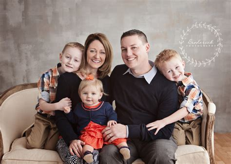 beautiful family beautiful family of 5 chicago family photographer