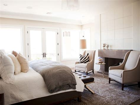 Alice Lane Home Chic Master Bedroom With Gray Linen Master Bedroom Sitting Area Furniture