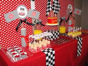 id 233 es de d 233 corations disney cars pour un anniversaire