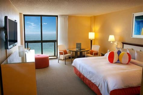 2 bedroom suites in fort lauderdale beach port everglades hotels free parking breakfast fort