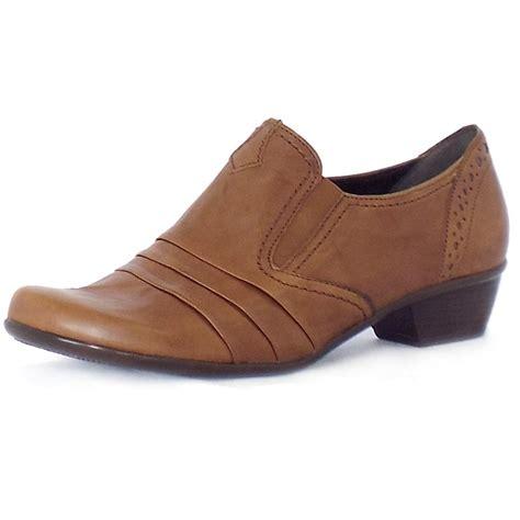 comfortable low heel dress shoes gabor emerge comfortable low heel casual shoes mozimo
