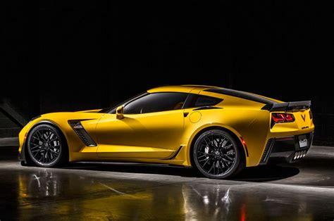 z06 corvette 2015 price 2015 chevrolet corvette z06 review price release date