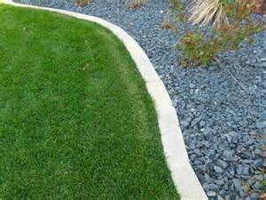 How To Build A Rock Garden by Edging Mulch Amp Drainage Solutions Des Moines Iowa