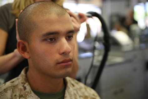 us marines haircut alpha company recruits uphold marine corps image gt marine