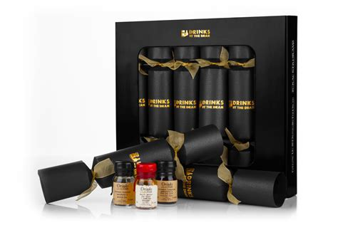 best christmas cracker prizes crackers filled with award winning spirits and liqueurs extravaganzi