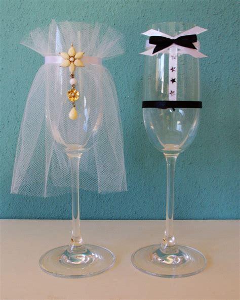 Bilder Ideen 5446 by Sektgl 228 Ser Als Brautpaar Verkleidet Hochzeit Dekoration