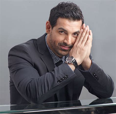 john abraham how john abraham almost lost his leg to action