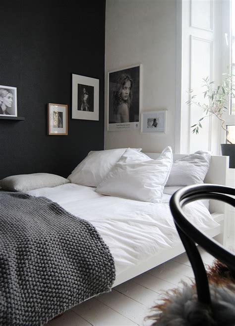 black silver white bedroom best 25 white grey bedrooms ideas on pinterest bedroom