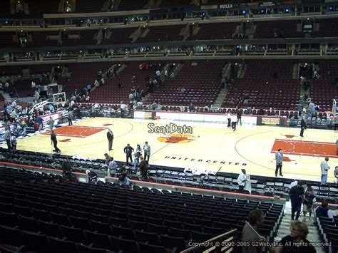 section 110 united center united center section 110 seat views seatscore rateyourseats