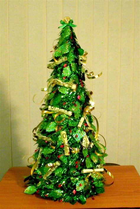 d nger f r weihnachtsbaum best 28 geldgeschenk weihnachtsbaum origami weihnachtsbaum falten das geldgeschenk f 252 r