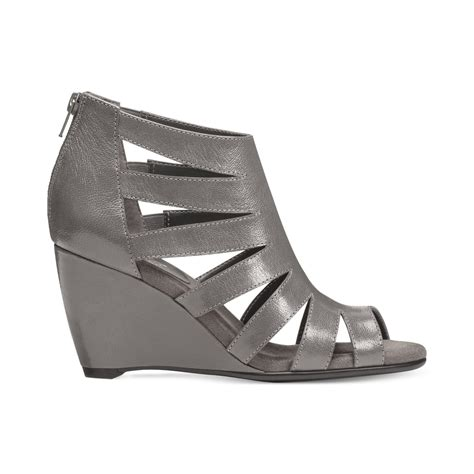 aerosoles southern lights wedge sandals in gray lyst