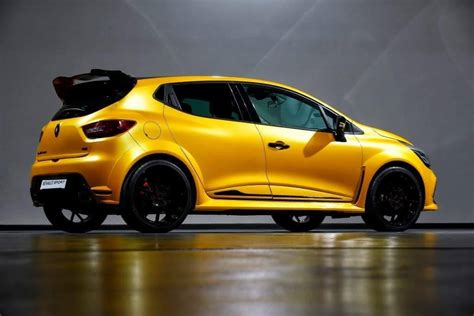 renault clio sport 2016 renault clio rs grows more muscle could get 250 hp