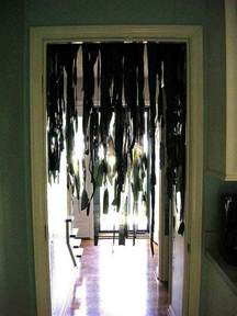 how to make scary decorations at home 26 diy ideas how to make scary halloween decorations with trash bags amazing diy interior