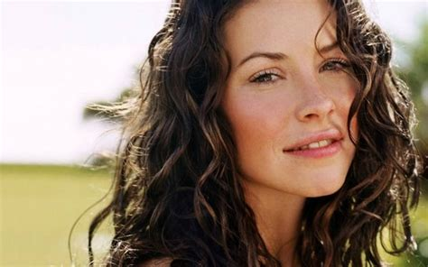 curly haired seventies actors women actress evangeline lilly lost tv series freckles