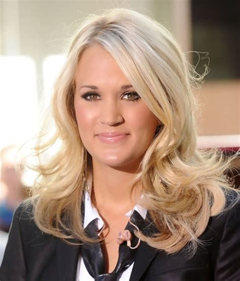 photos medium length flip hairstyles 36 carrie underwood hairstyles carrie underwood hair
