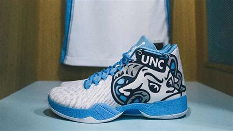 carolina basketball shoes carolina debuts air xx9 mascot pe shoes vs