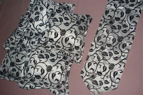 Bantal Omnia White Bantal Sofa Bantal Dekorasi Bantal Mobil prospera decor produk dekorasi terbaru
