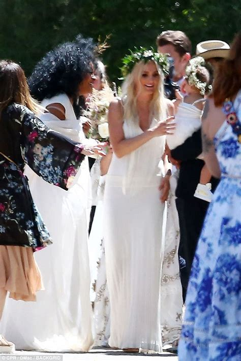 ashlee simpson wedding ring jessica and ashlee simpson attend ross naess wedding