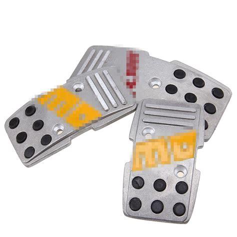 Cover Pedal Gas Momo Merah 3pcs universal non slip car pedals pad cover manual silver aluminum momo style ebay