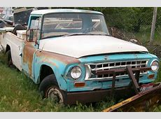 1965 International D-1200 - Information and photos - MOMENTcar Morris 4x4 Jeep Information