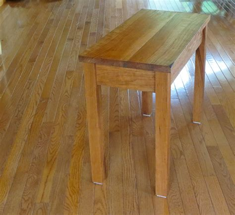 How To Make A Small Table by How To Build A Small Wooden End Table Woodworking