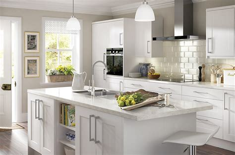 L Kitchen Designs by It Stonefield White Classic Style Diy At B Amp Q