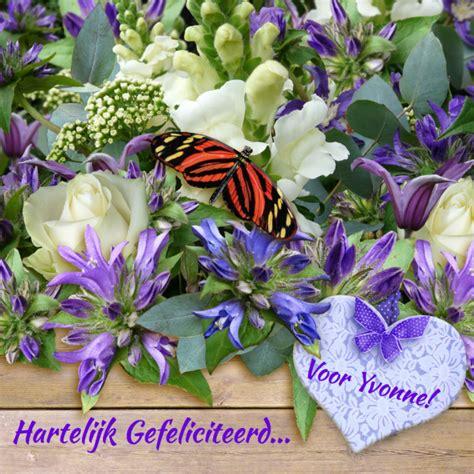 verjaardag 20 jaar bloemen mooie verjaardagskaart vlinder op bloemen en kaartje2go