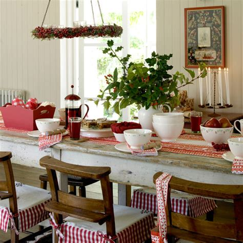 country homes and interiors christmas country decorating ideas casual cottage