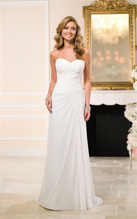 traditional chiffon sheath bridal gown stella york wedding dresses