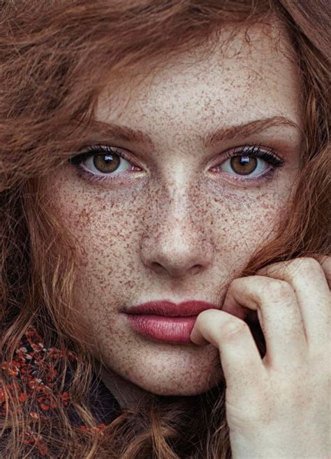 red headed woman freckles freckles nejla hadzic color portraits i pinterest