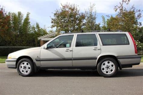 purchase   volvo  xc wagon cross country  rust  reserve  anaheim