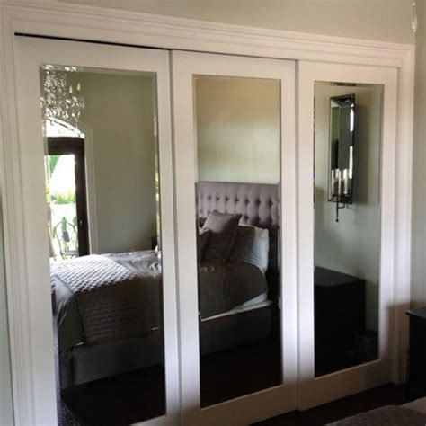 Mirrored Sliding Closet Doors For Bedrooms The 25 Best Sliding Mirror Doors Ideas On Pinterest Mirrored Barn Doors Sliding Mirror