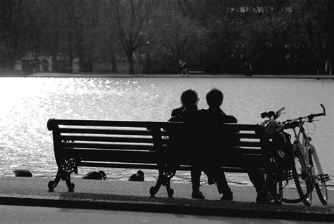 bench couple watch assignment 5 composition ideas hans photography