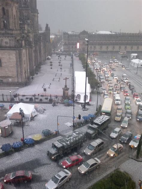 zocalo now snow in mexico city downtown now home pinterest