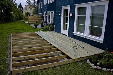 building a backyard deck deck building raftertales home improvement made easy
