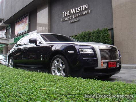 roll royce thailand rolls royce ghost spotted in bangkok thailand on 08 08 2012