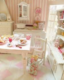 shabby doll house 17 best images about shabby chic dollhouse miniatures on pinterest miniature