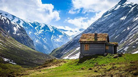 alone wallpaper hd desktop full hd wallpaper mountain house alone snow cloud desktop