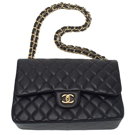 chanel black quilted lambskin jumbo classic flap