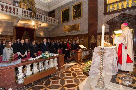 Cérémonie de signature des actes de naissance au Palais de