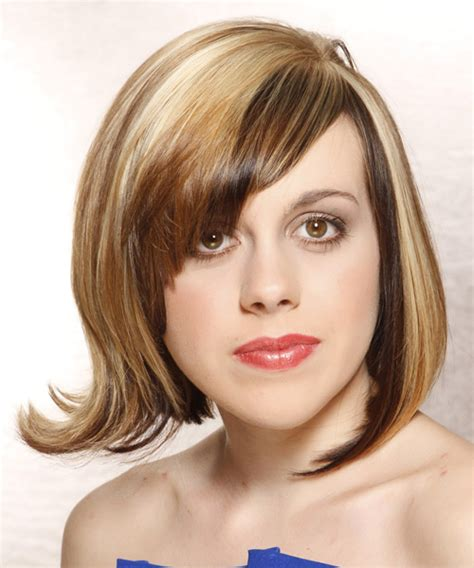 front view of side swept hairstyles medium straight alternative hairstyle with side swept