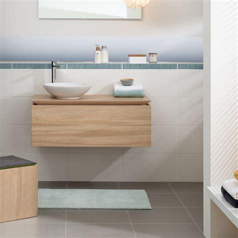 Badezimmer Grauer Boden Weise Wand Ihr Traumhaus Ideen