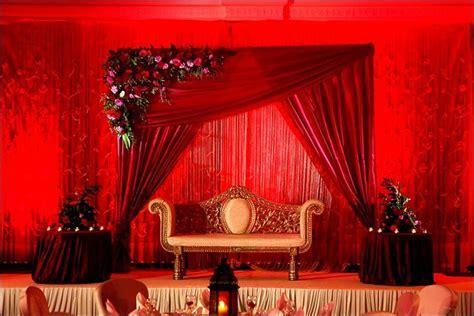 Best 25  Wedding stage backdrop ideas on Pinterest