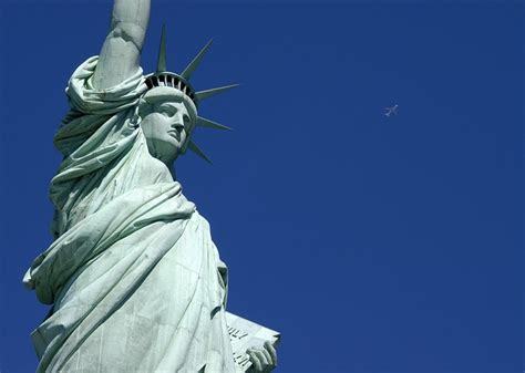 was the statue of liberty a gift from the people of france staten and ellis islands and the statue of liberty new